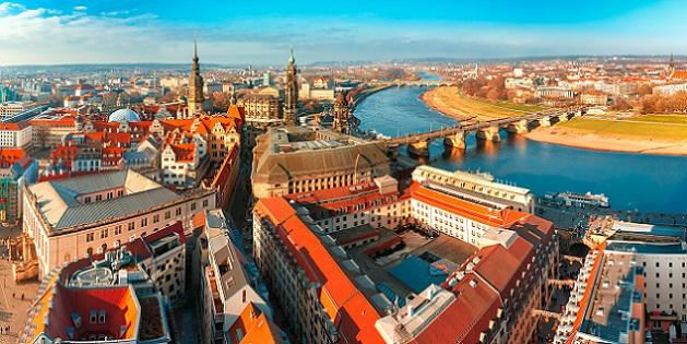 Dresden ist eine Stadt, die für Hundehalter wirklich ein sehr schönes Ziel darstellt, denn hier sind Hunde durchaus willkommen. (#03)