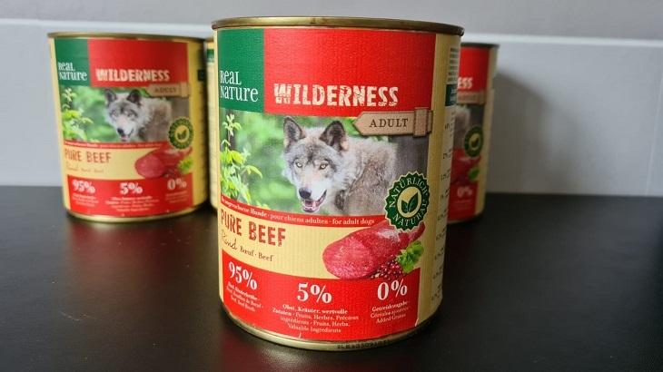 Nassfuttertest: Wie gut ist Real Nature Wilderness Rind Pur?